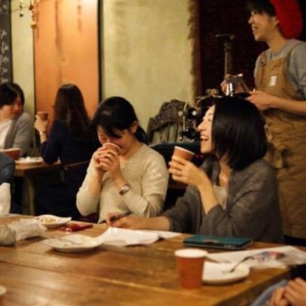 CAFE★BAR BLOOMOON(カフェバー ブルゥムーン)吉祥寺